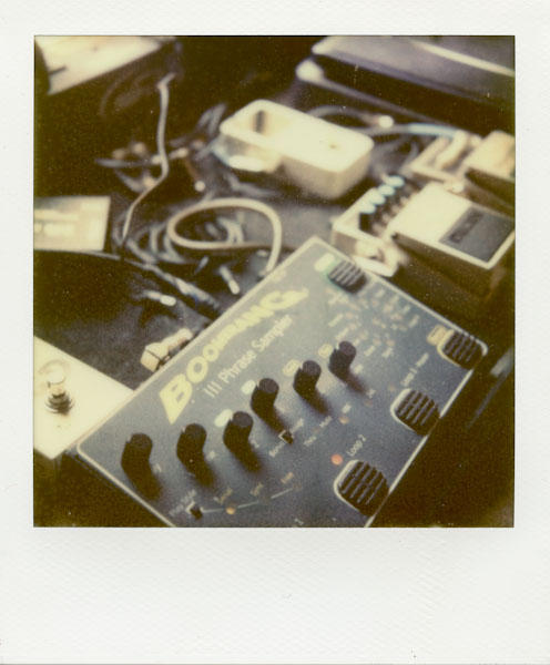 - Polaroid SX-70 - Impossible Project PX-70 COOL -