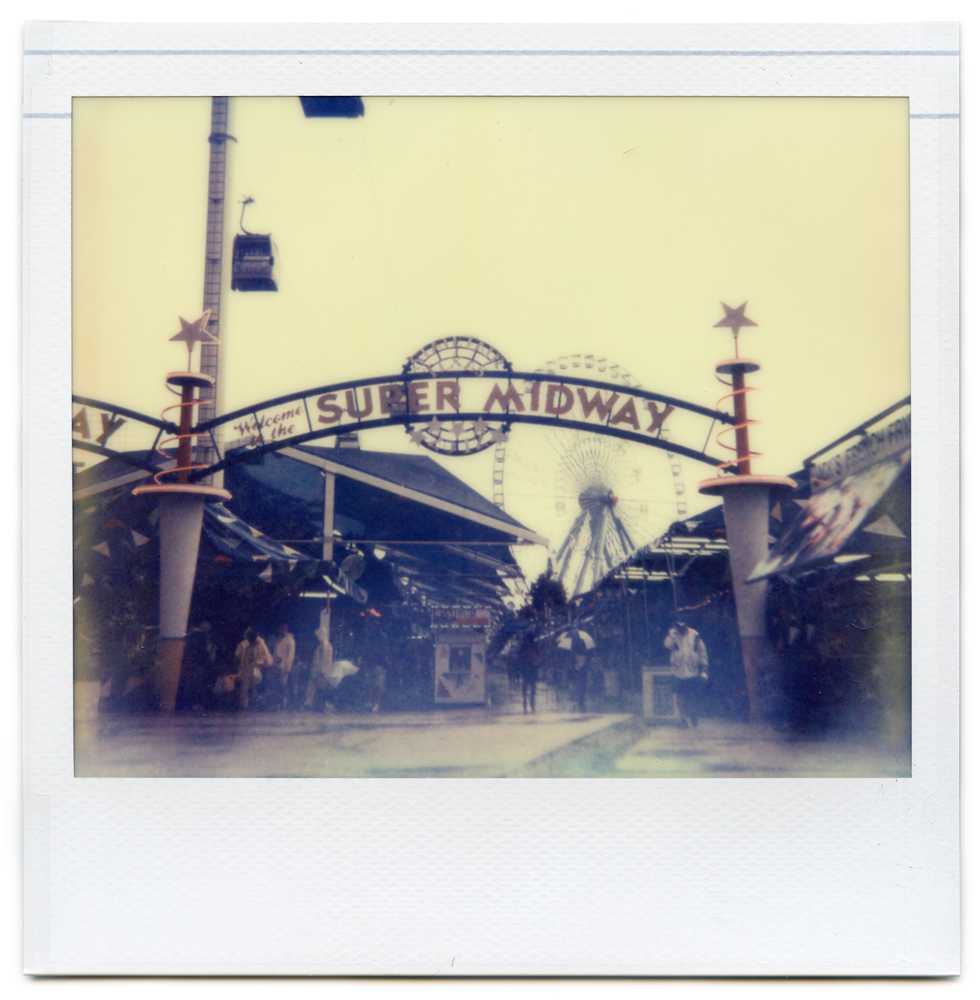 Photo: Jeremy Minnerick - Polaroid Spectra AF - Impossible Project PZ680 Old Gen