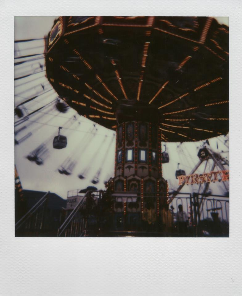 Photo: Daniel Rodrigue - Polaroid One Step - Impossible Project PX-680 CP